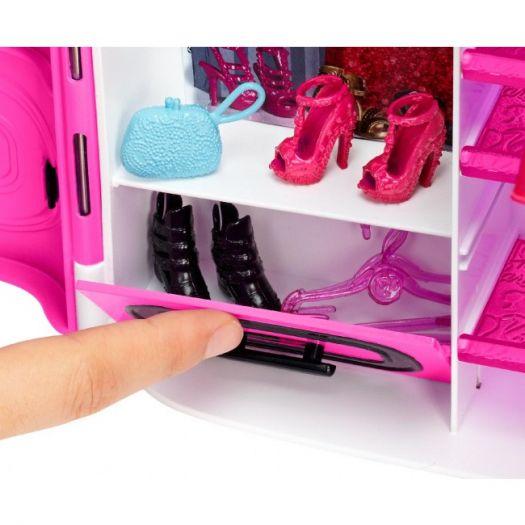 Ігровий набір Barbie Шафа-валіза для одягу (DMT57)купити