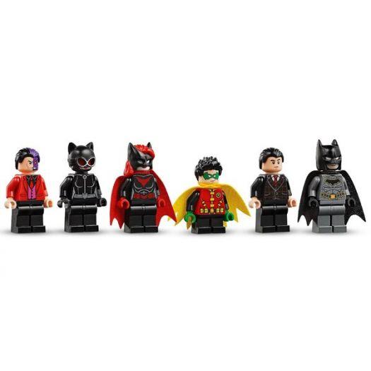 Конструктор LEGO Super heroes Вторгнення Глиноликого в бет-печеру (76122замовити