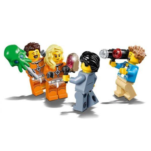 Конструктор LEGO City Набір фігурок Розробки та дослідження в галузі космічної техніки (60230)в Україні