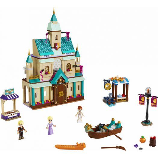 Конструктор LEGO Disney Princess Замкове селище Ерендель (41167)в Україні