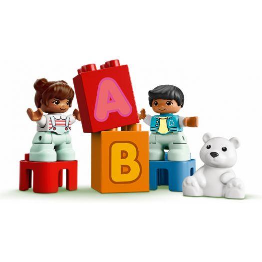 Конструктор LEGO Duplo Вантажівка з буквами англійська (10915)купити