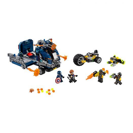 Конструктор LEGO Marvel Super Heroes Месники Пограбування вантажівки (76143)купити