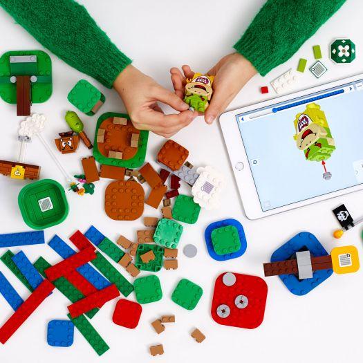 Конструктор LEGO Super Mario Пригоди з Маріо. Стартовий набір (71360)в Україні