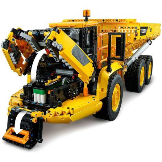 Конструктор LEGO Technic Шарнірний самоскид Volvo A25F 6х6 (42114)замовити