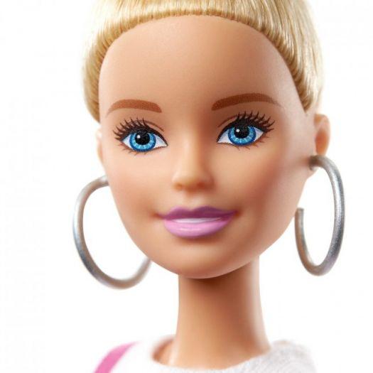 Лялька Barbie Fashionistas у картатому сарафані (GHW56)замовити