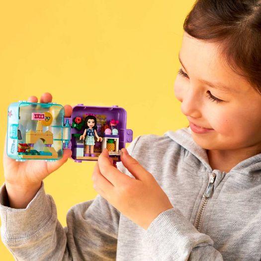 Конструктор LEGO Friends Літня ігрова скринька Емми (41414)в Україні