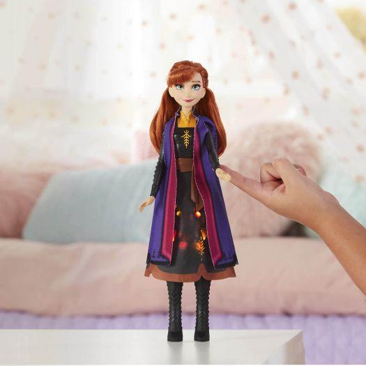 Лялька Frozen 2 Холодне Серце в сукні із світловим ефектом в асортименті (E6952)купити