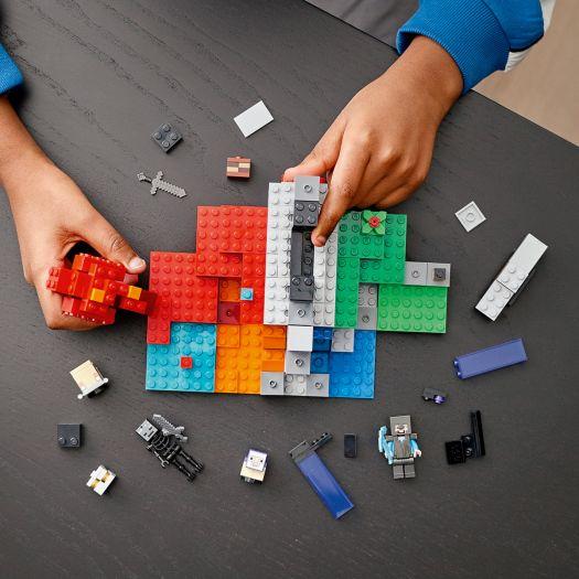 Конструктор LEGO Minecraft Зруйнований портал (21172)купити