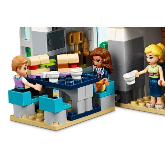 Конструктор LEGO Friends Школа у Хартлейк-Сіті (41682)в Україні