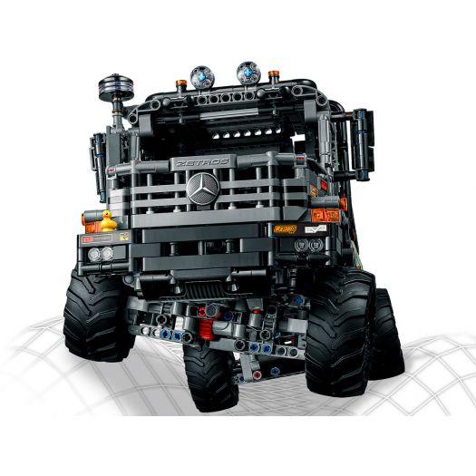 Конструктор LEGO Technic Вантажівка Mercedes-Benz Zetros 4x4 з дистанційним управлінням (42129)замовити